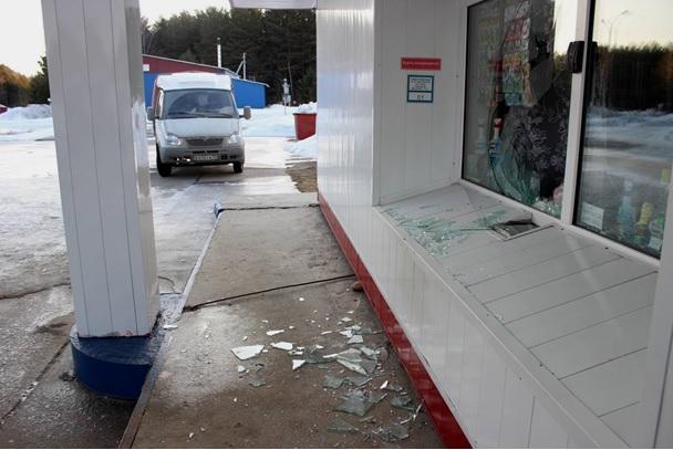Житель посёлка Самусь получил 8 лет за разбойное нападение на автозаправку