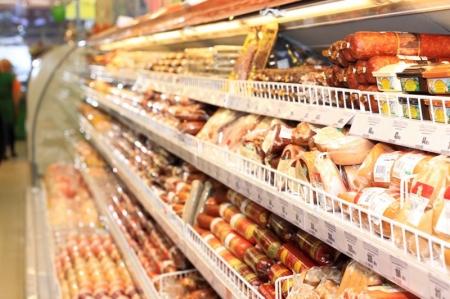 В магазинах торговой сети «Абрикос» продавали просроченные продукты