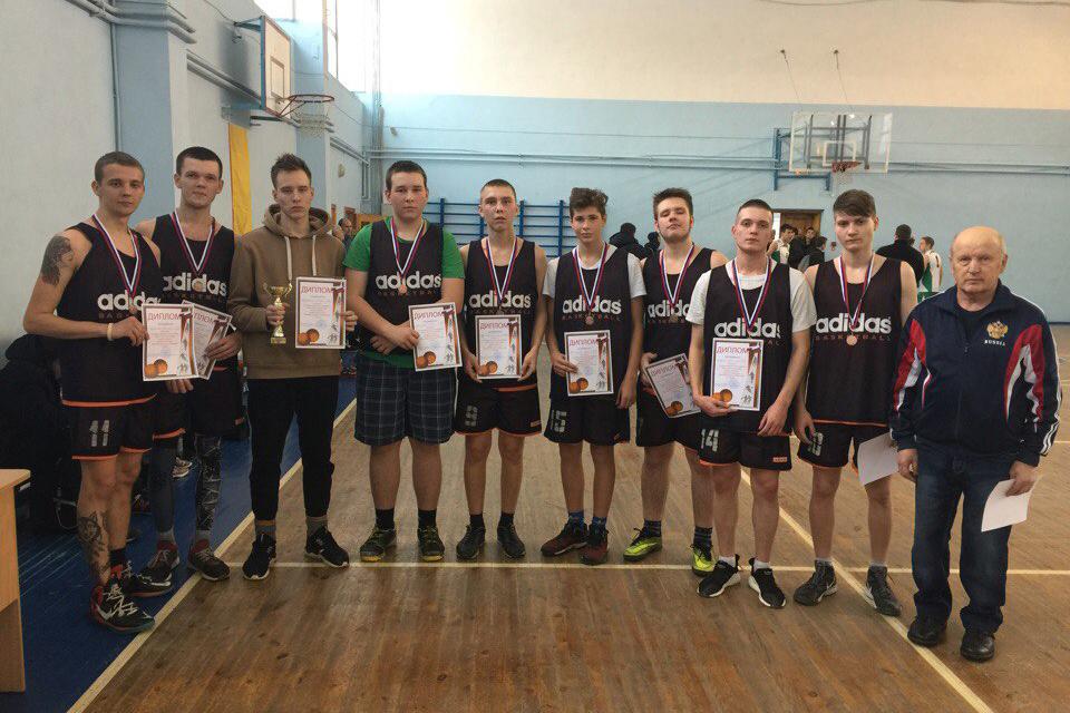Баскетбольная команда СПК заняла 3 место на областных соревнованиях