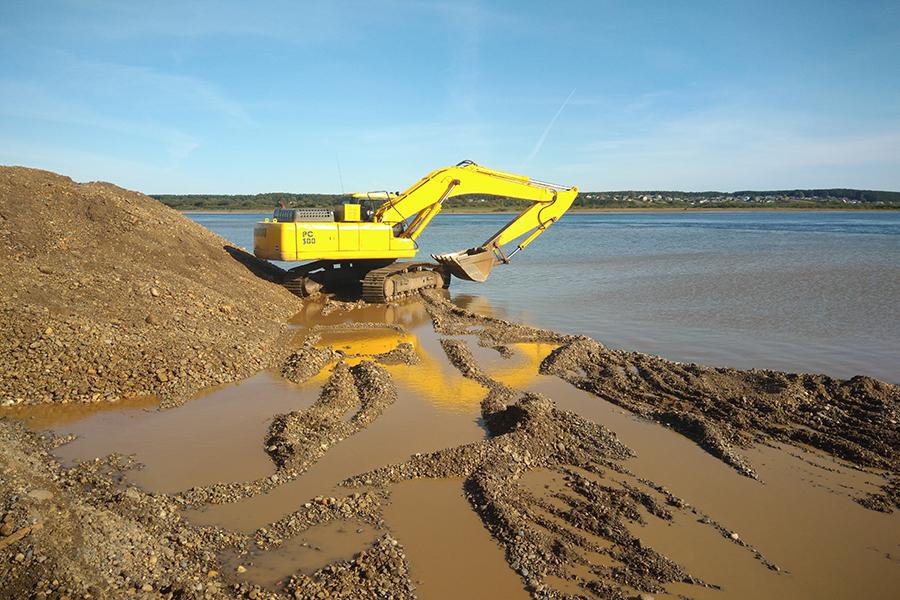 Прокуратура нашла 100 нарушений при разработке песчано-гравийных карьеров в Томской области