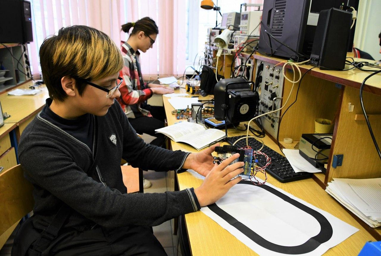 Практические занятия по робототехнике