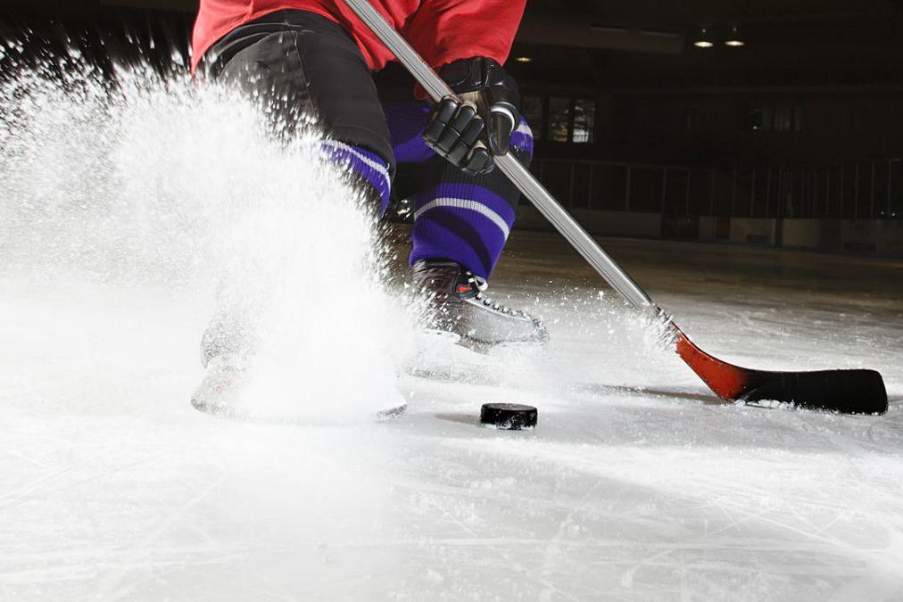 Хоккей в полумраке