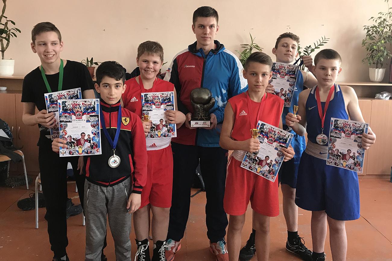 Победители и призёры Межмуниципальных соревнований по боксу