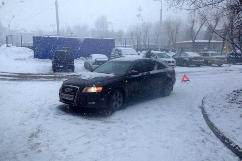 Пожилая женщина попала под колеса Audi