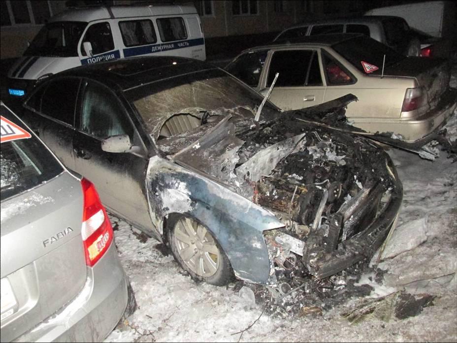 В городе ищут свидетелей и очевидцев возгорания автомобиля
