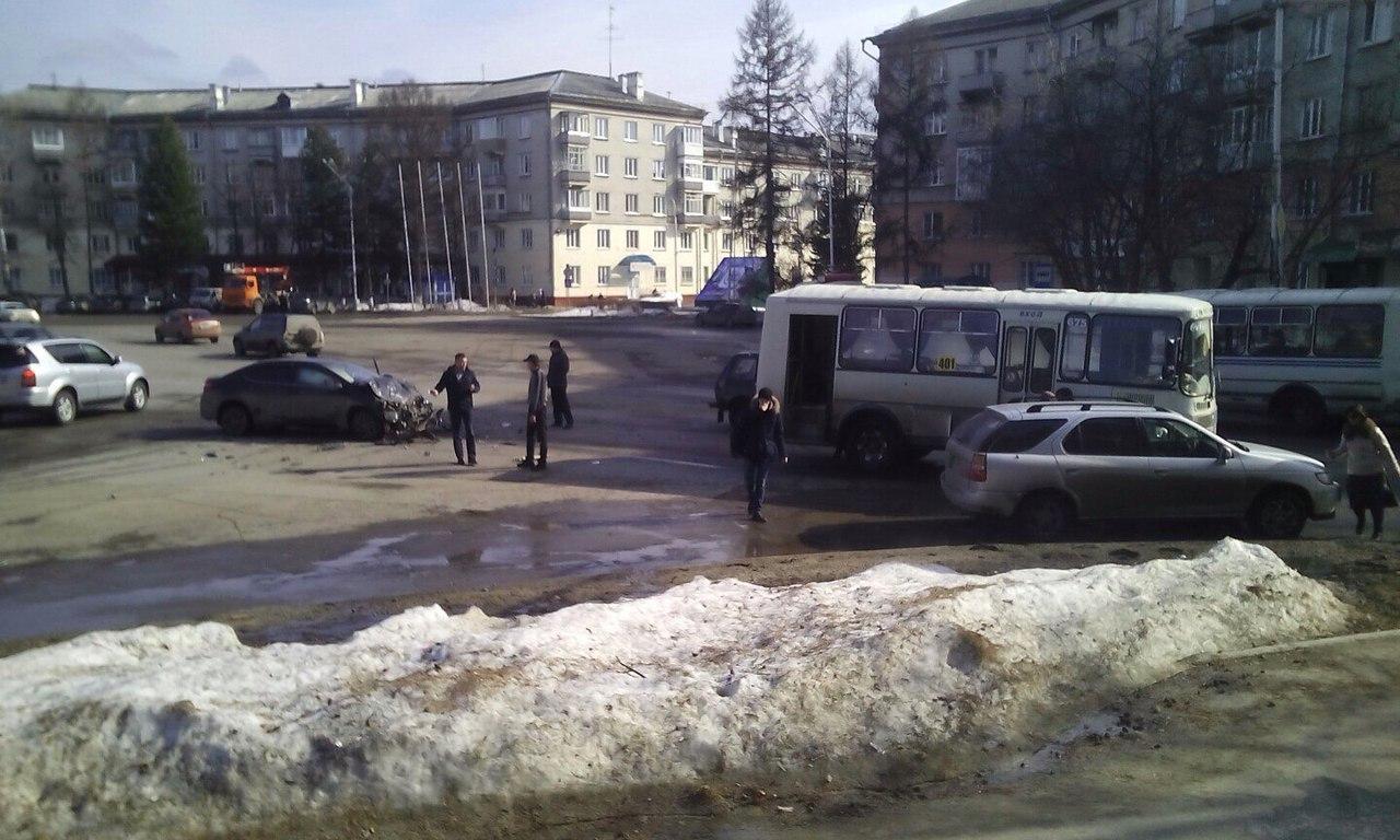 ДТП на площади Ленина