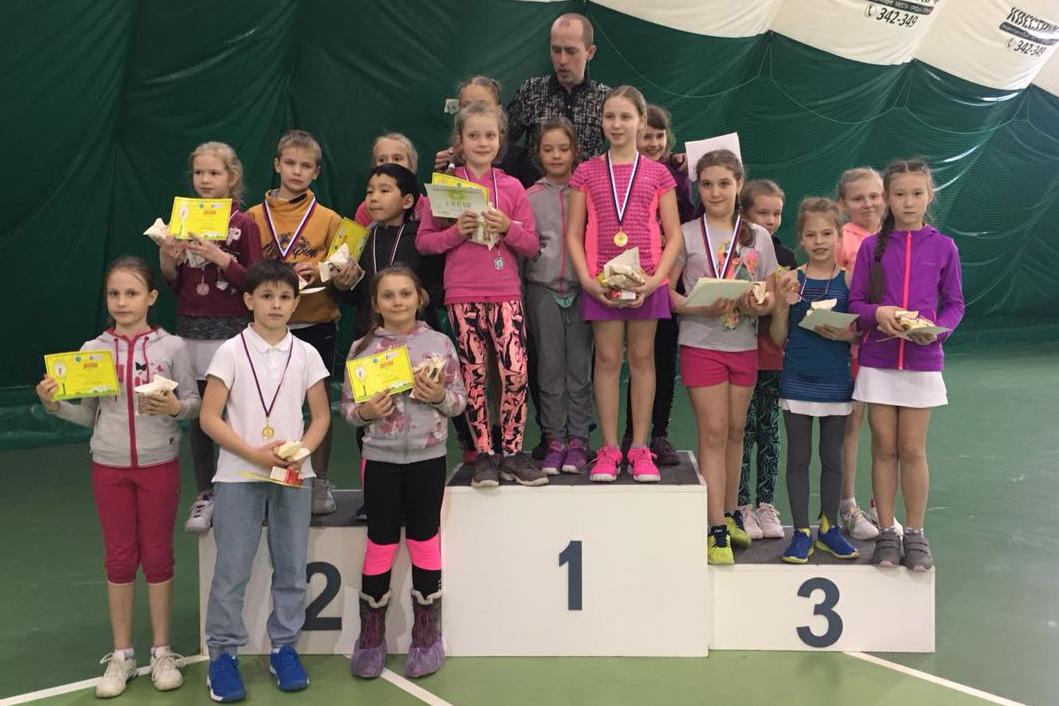 Успехи юных теннисистов