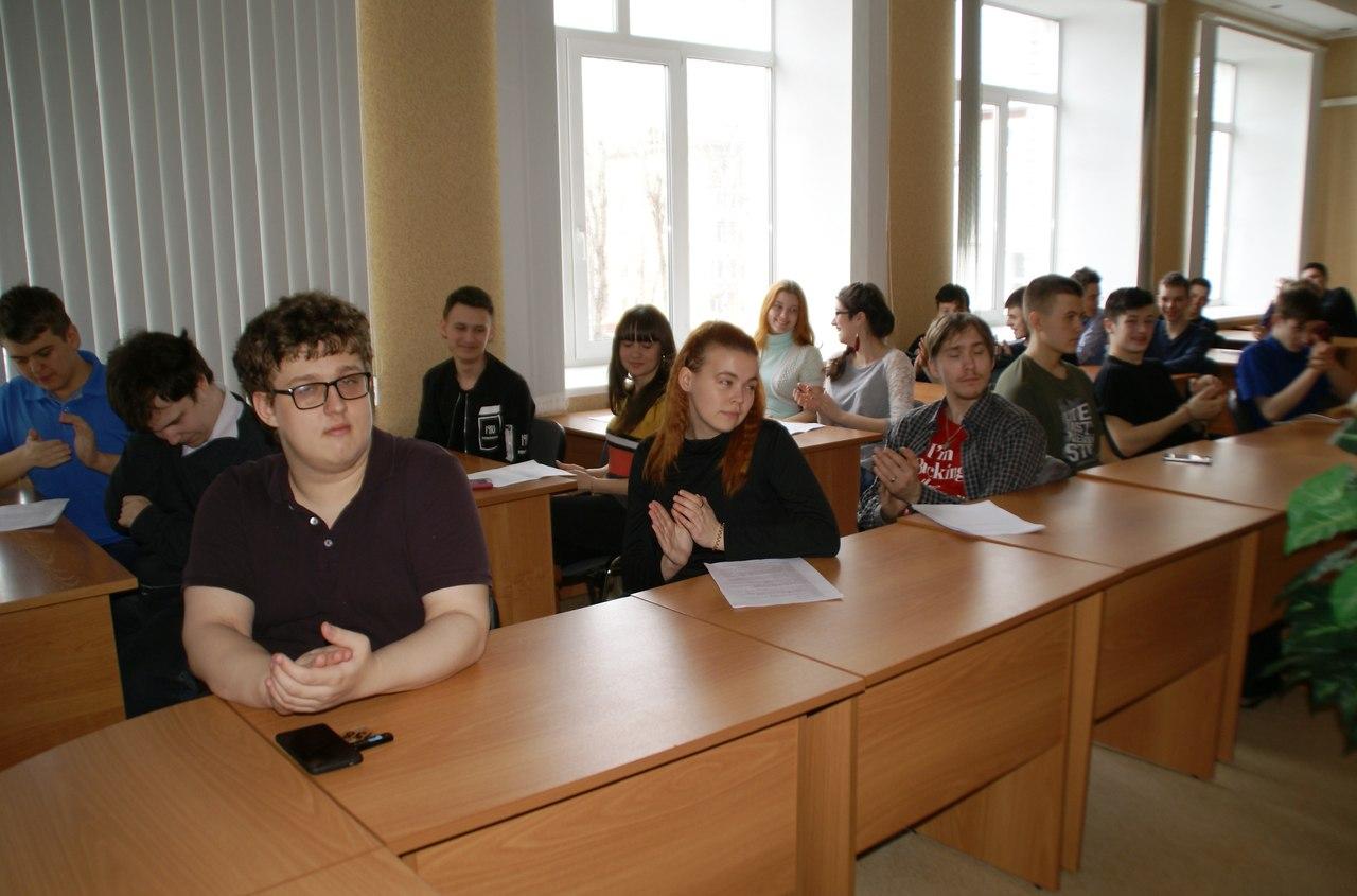 В колледже завершился творческий конкурс «Проблемы молодёжи в современном мире»