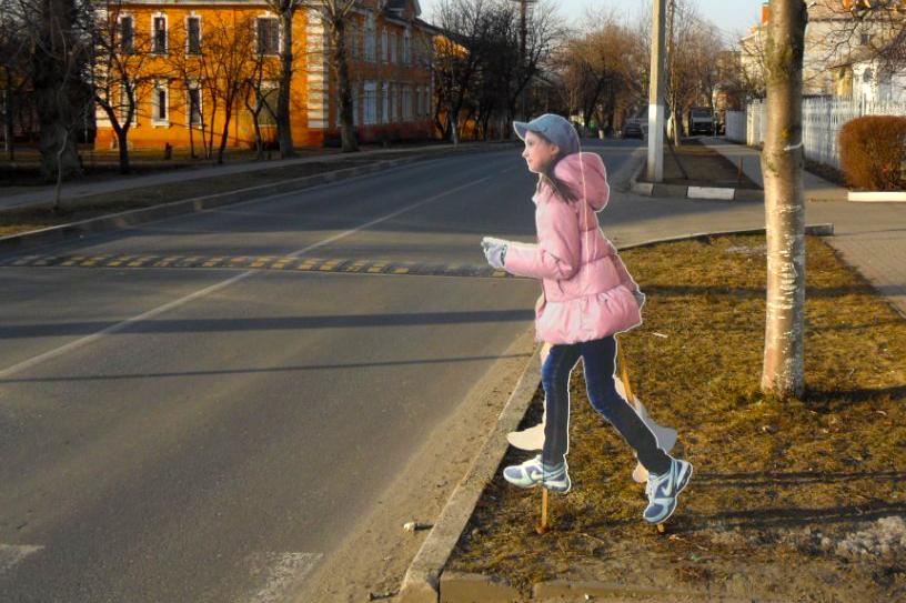 На нерегулируемых пешеходных переходах будут устанавливать макеты фигур детей