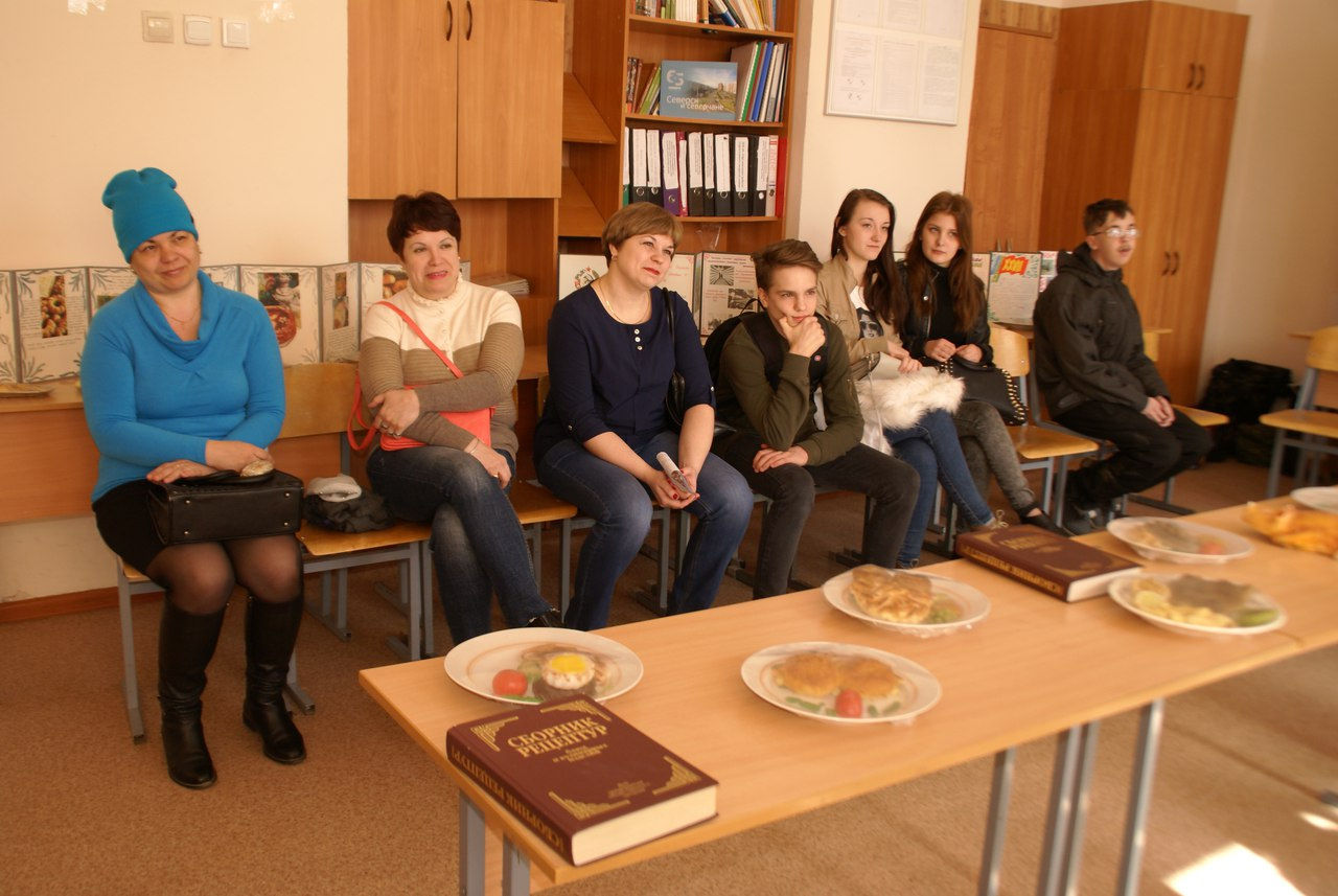 Школьники на Дне открытых дверей познакомились с профессиями и специальностями СПК