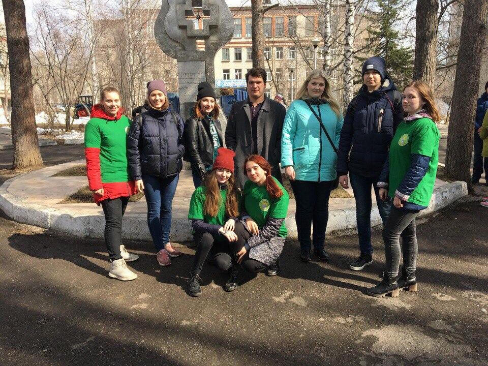 Волонтеры отряда «БЛАГОдарю» приняли участие в субботнике