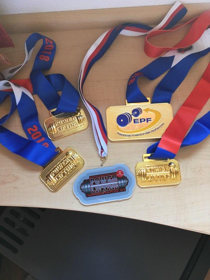 Инна Середенко одержала победу на Первенстве Европы по пауэрлифтингу