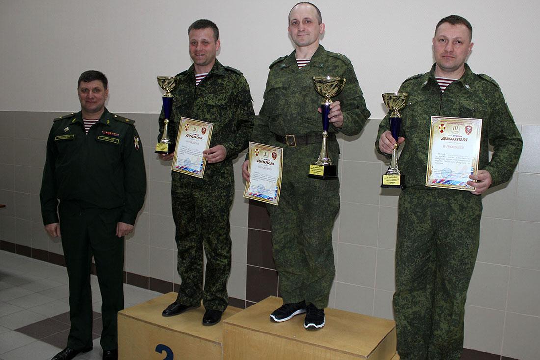 В Северске определились лучшие пловцы Сибирского округа Росгвардии