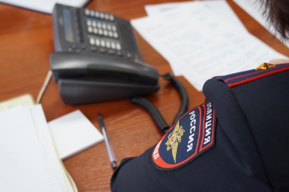 Полиция напоминает горожанам о работе «телефона доверия»
