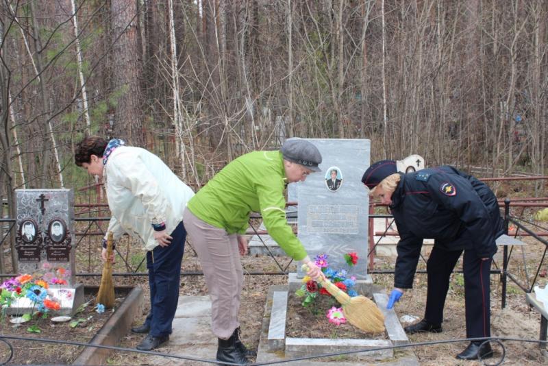 Полицейские почтили память ветеранов Великой Отечественной войны