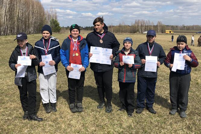 Команда Центра «Поиск» заняла второе место на соревнованиях по авиамодельному спорту