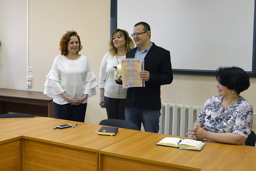 В День защиты детей торжественно вручили сертификат на материнский капитал