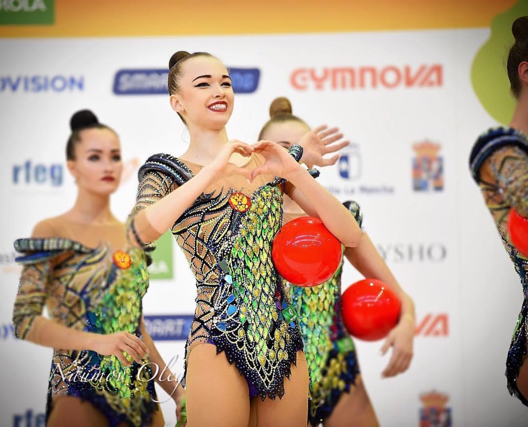 Анастасия Шишмакова завоевала золото на чемпионате Европы по художественной гимнастике