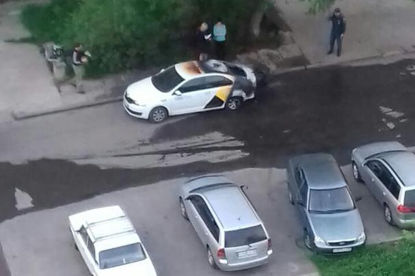 В Северске взорвалась машина