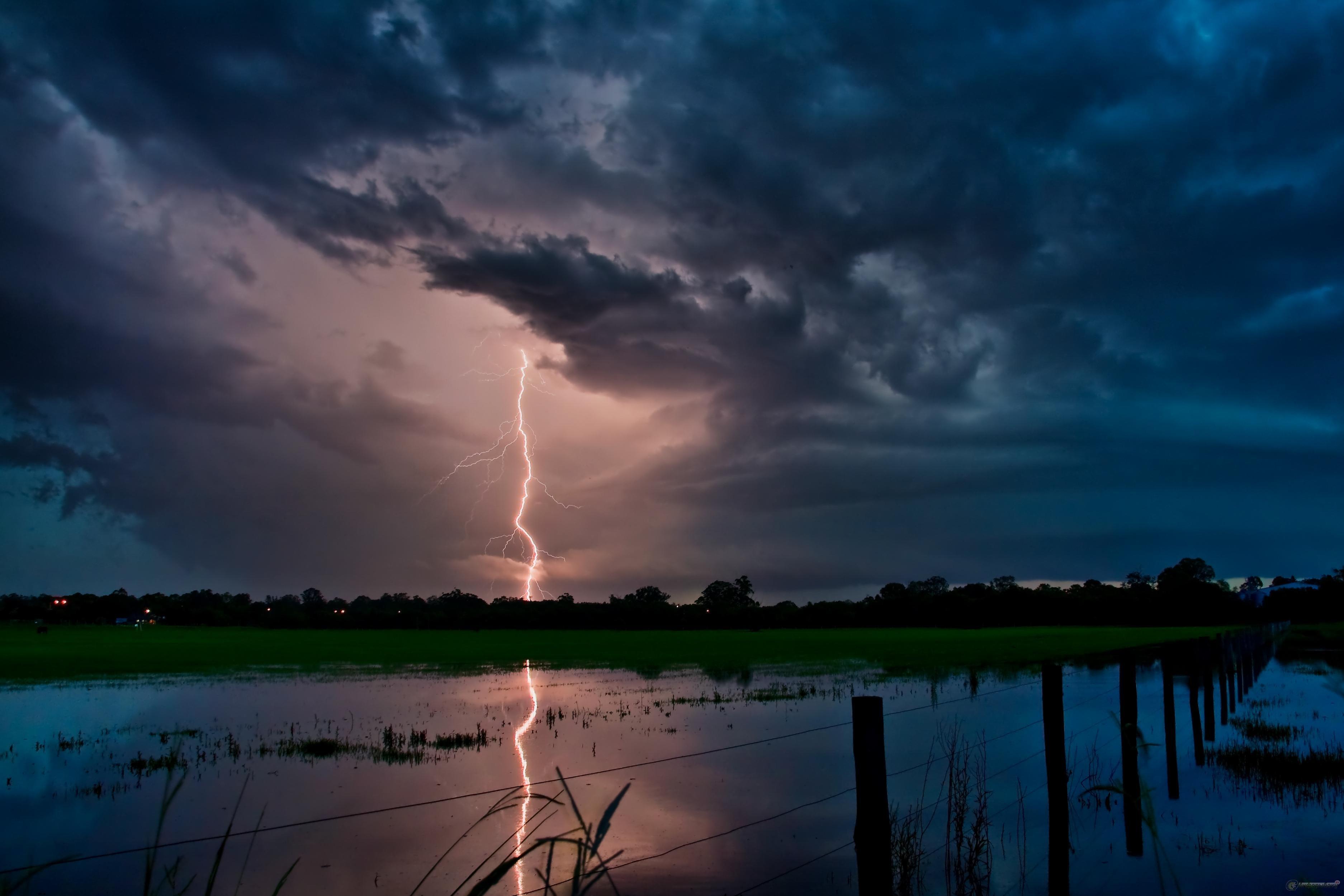 Завтра в Томскую область придут дожди и грозы