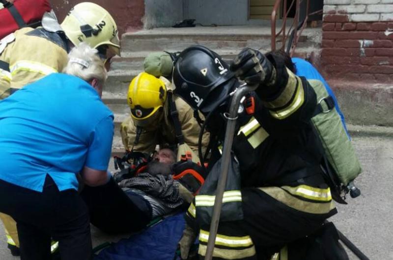 Пожилой мужчина пострадал во время пожара