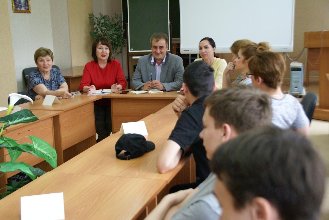 Студенты и Администрация СПК встретились за круглым столом