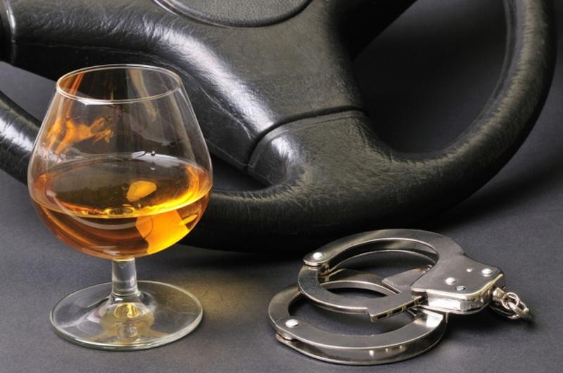 Водителя отправили в колонию за повторную езду в пьяном виде