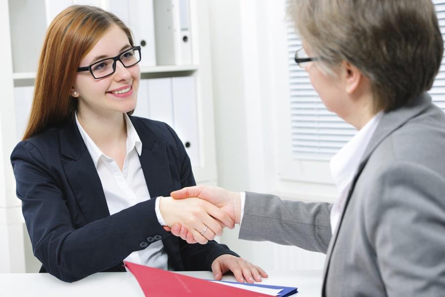 Работодателей вознаграждают за стажировки выпускников