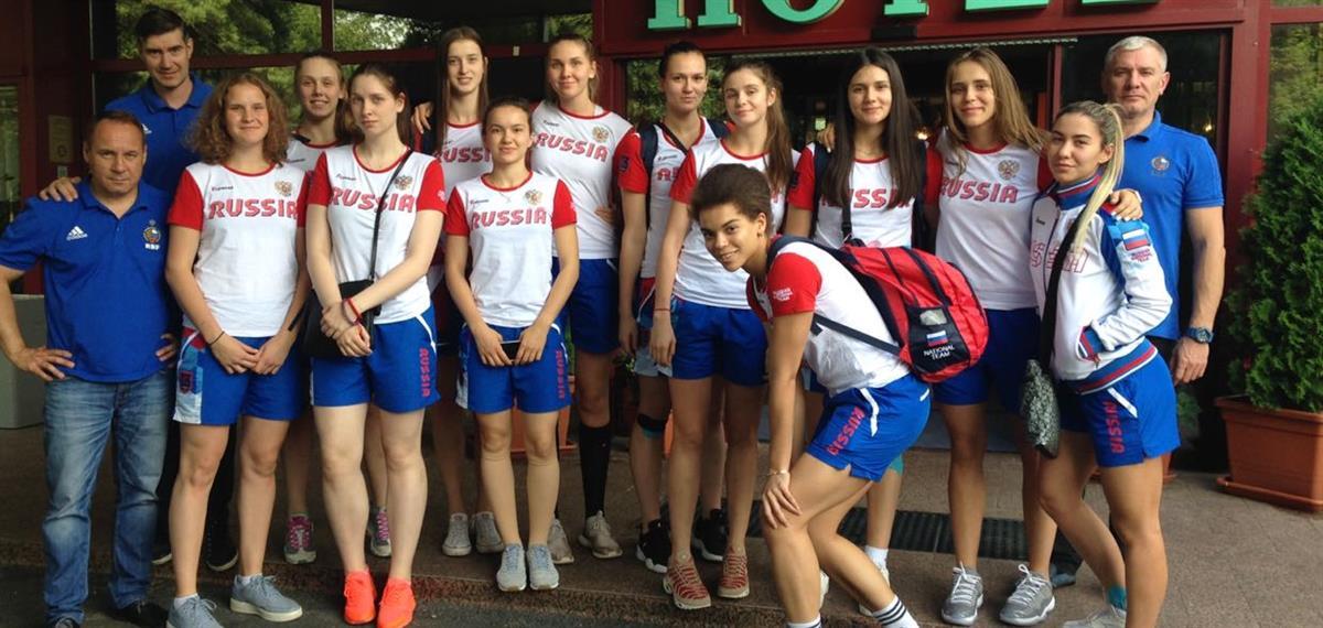 Анастасия Зоткина принимает участие в Первенстве Европы по баскетболу