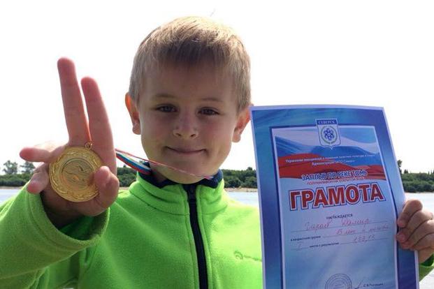 Шестилетний томич принял участие в летнем плавательном марафоне