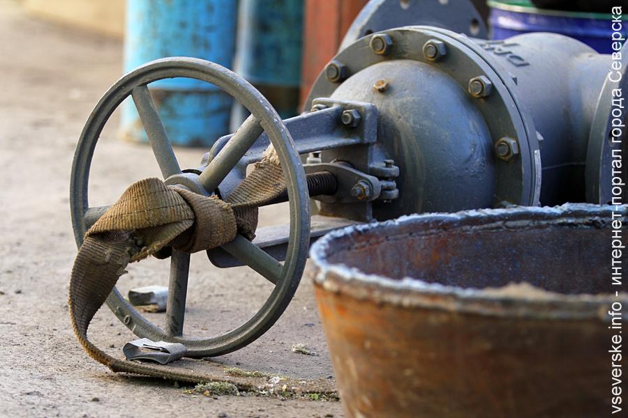 Очередная промывка городских водопроводных сетей