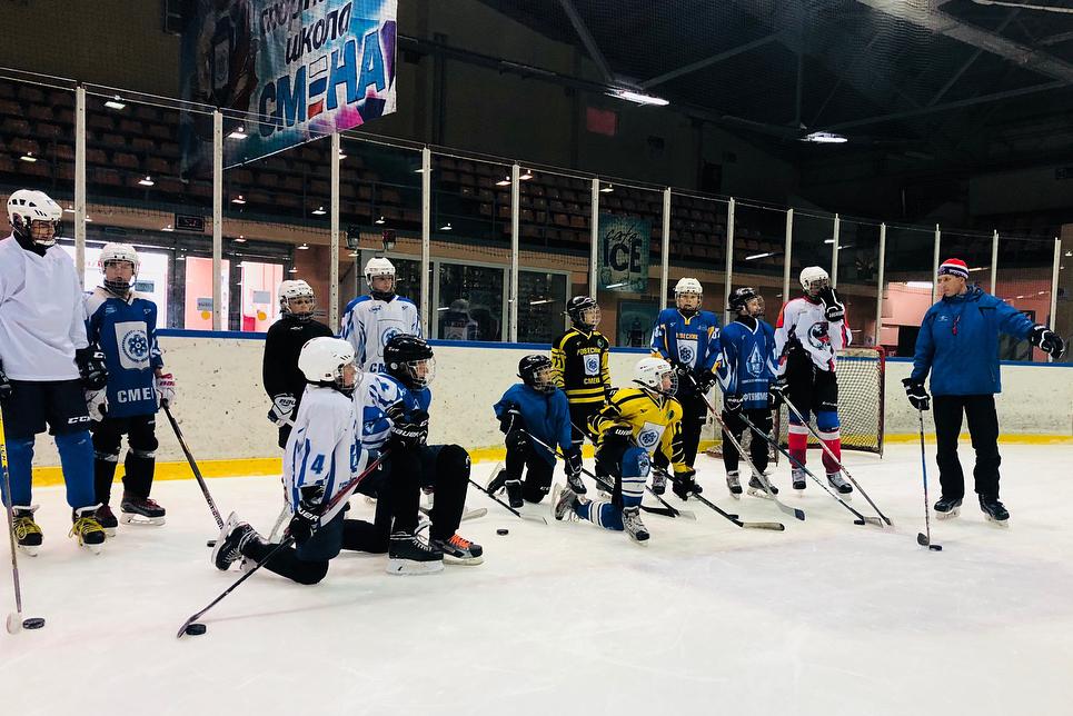 Сегодня стартуют открытые городские соревнования по хоккею