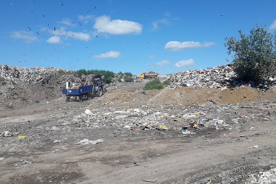 Полигон твердых бытовых отходов приводят в порядок