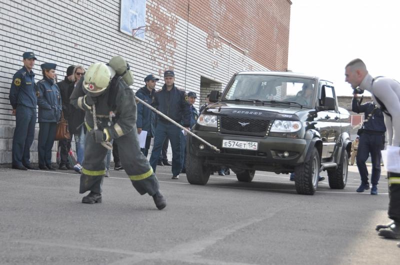 Впервые в Северске — пожарный кроссфит