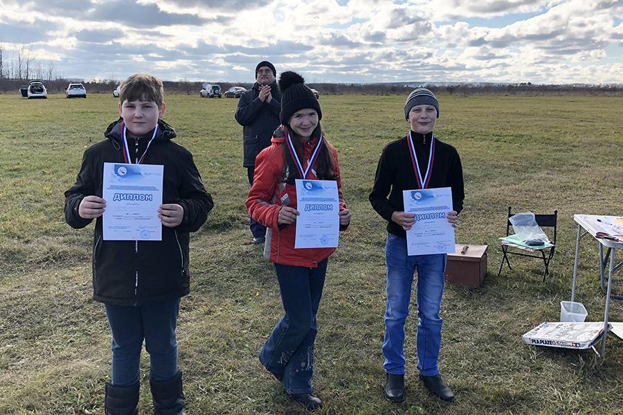Северчане приняли участие в Первенстве области по авиамодельному спорту