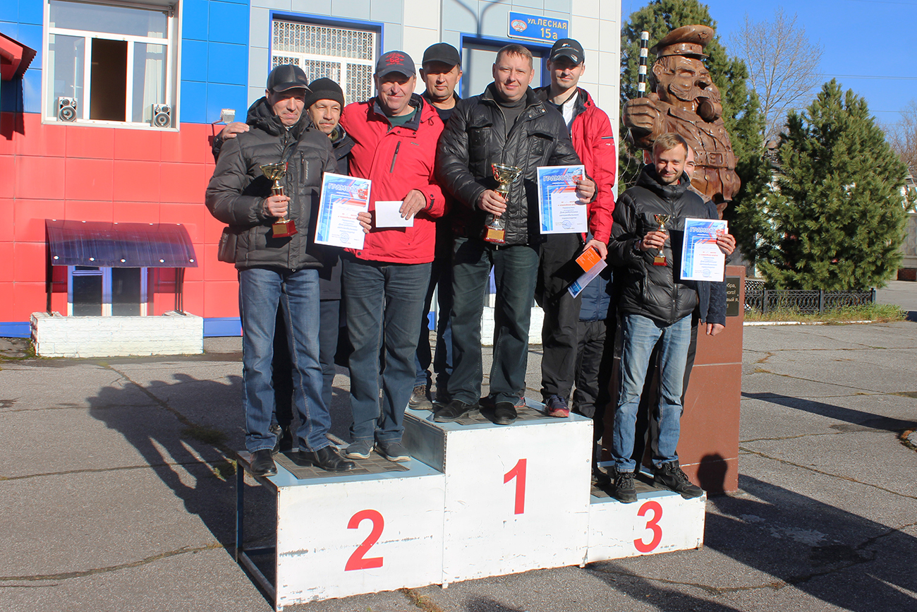 В преддверии Дня автомобилиста сотрудники Госавтоинспекции организовали конкурс профессионального мастерства