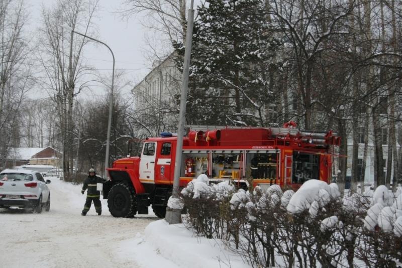 В Северской клинической больнице проведена внезапная тренировка по эвакуации