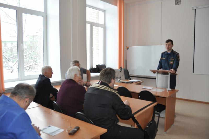 Пожарные встретились с преподавателями ОБЖ