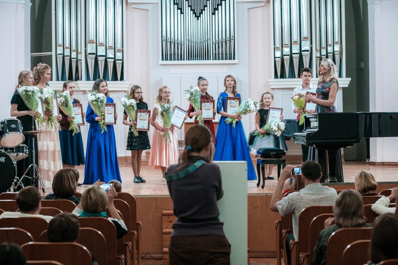Майя Труфанова стала лауреатом конкурса «Дети играют с оркестром»
