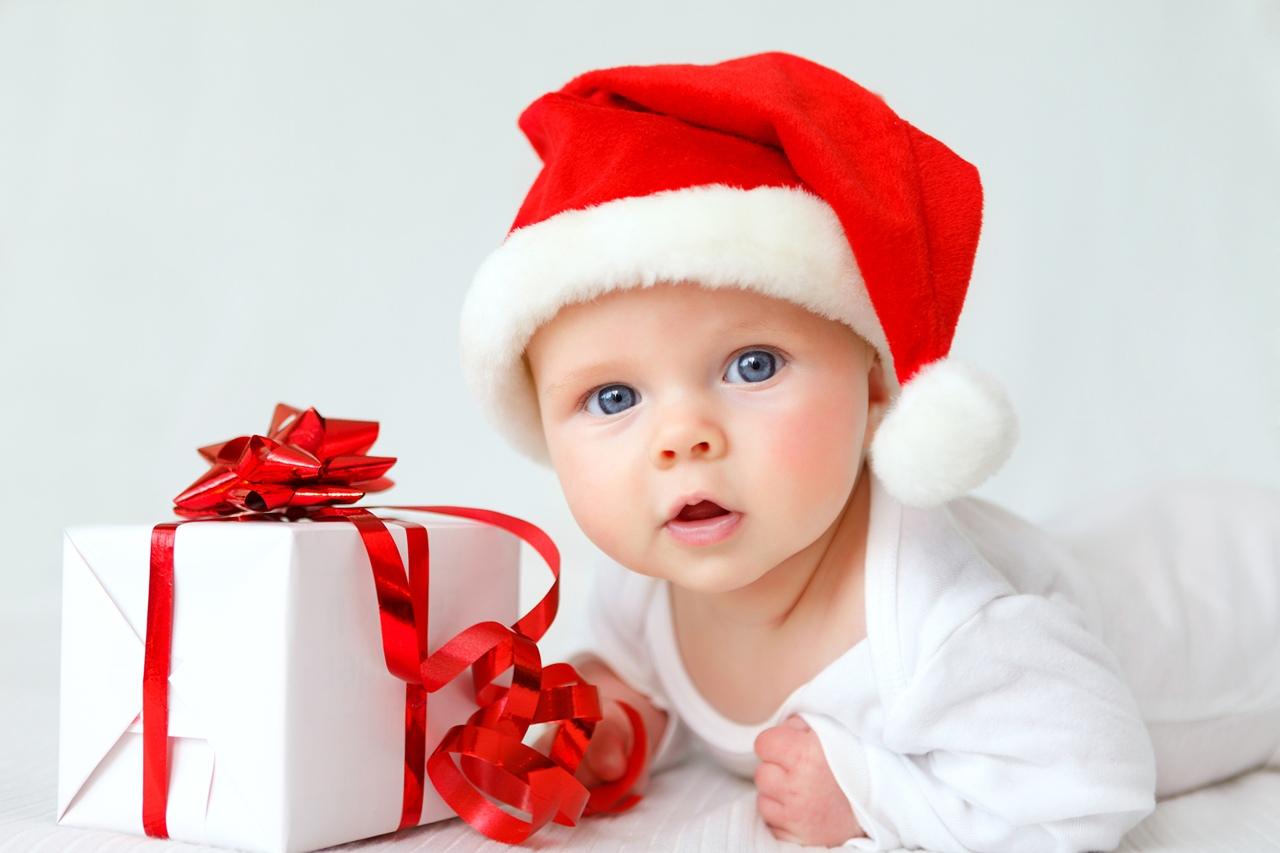 Новогодние подарки из Перинатального центра