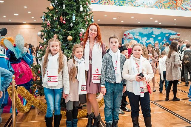 Делегация из Северска побывала на Кремлевской общероссийской новогодней елке
