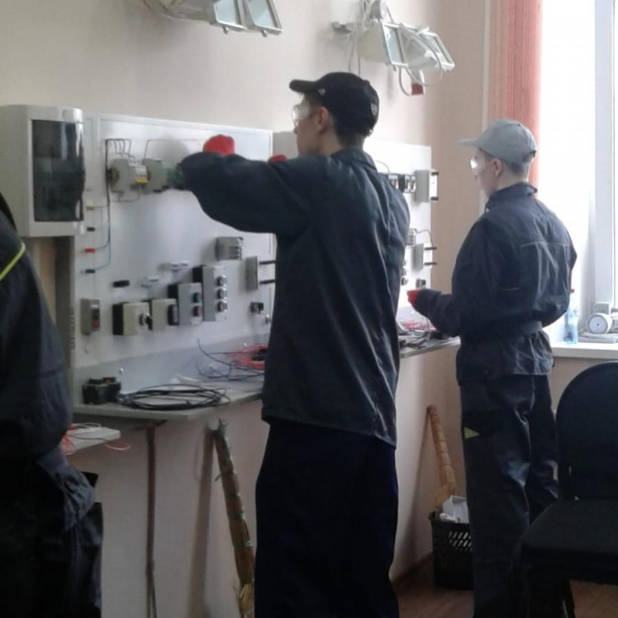 Даниил Тютиков занял 1 место в региональном этапе Всероссийской олимпиады профмастерства