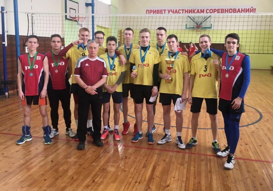 Северские волейболисты заняли 2 место на Первенстве Томского района