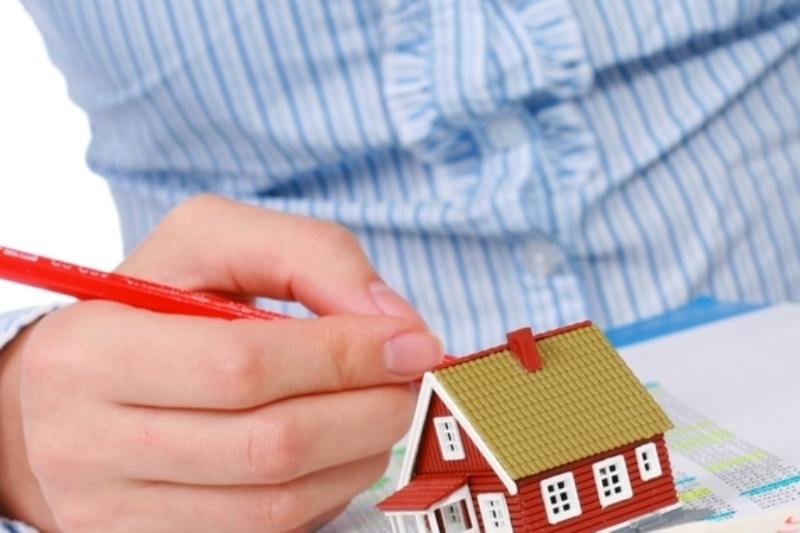 Налоговые инспекции региона приглашают многодетных граждан заявить о своем праве на льготу по земельному налогу