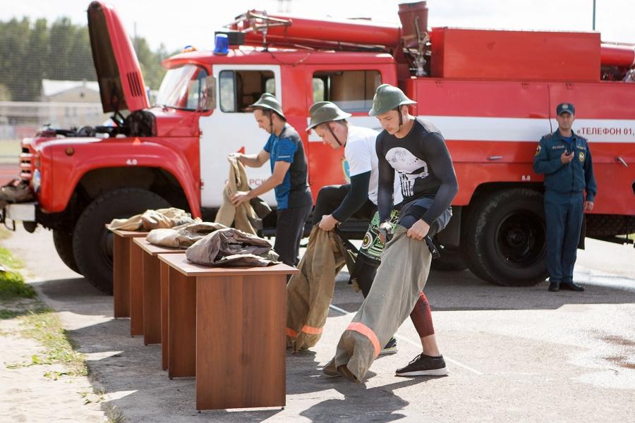 Лучшей пожарной дружиной СХК стала женская команда