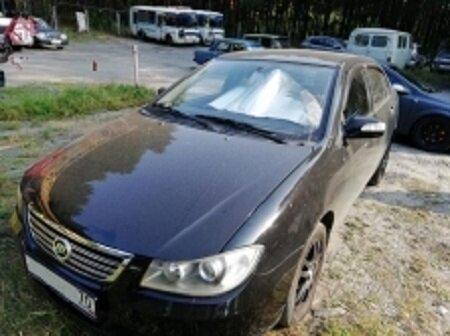 Северчанка долго прятала автомобиль, но приставы всё равно нашли его и арестовали