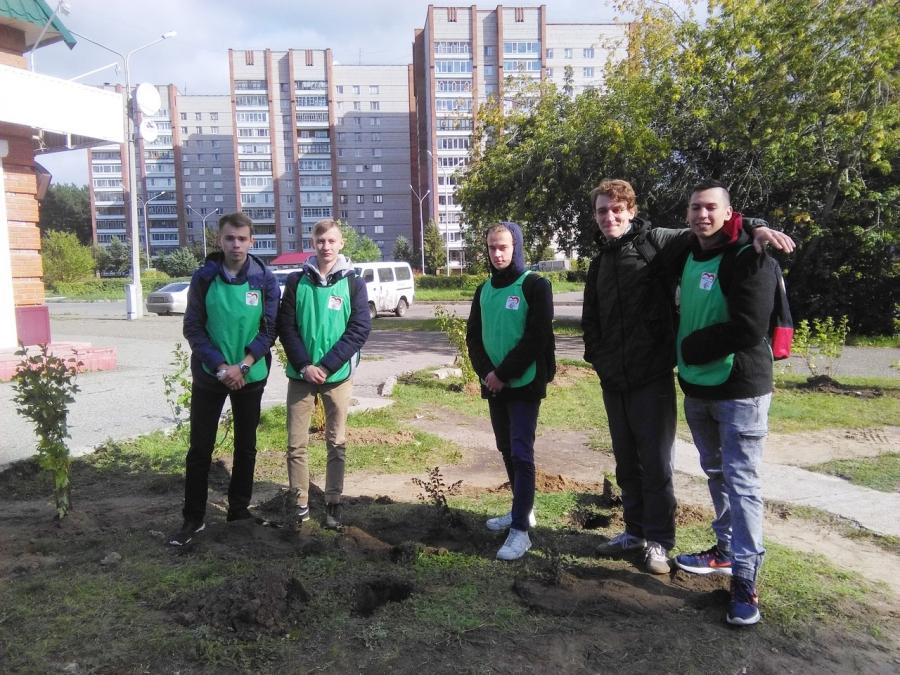 В городе стартовала традиционная общегородская акция «Посади свое дерево»