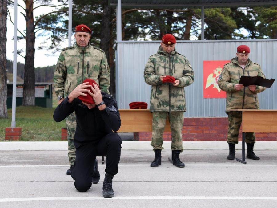 Военнослужащий северского соединения прошел квалификационные испытания на право ношения крапового берета
