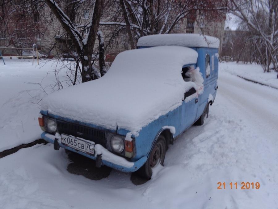 Северчан вновь просят убрать брошенные автомобили