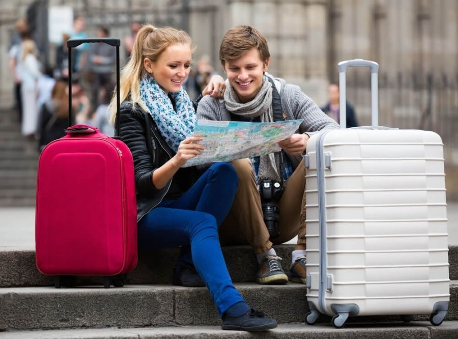 Больше половины россиян в возрасте от 18 до 24 лет хотели бы уехать из страны